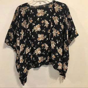 O/S Brandy Melville floral shawl